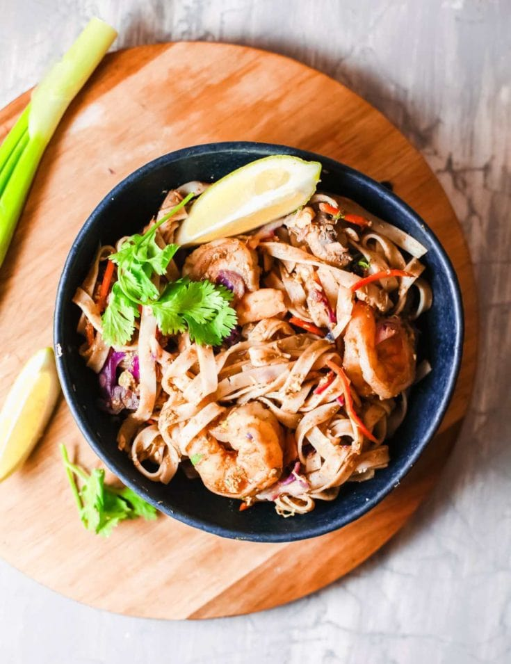 Finally, an easy & delicious Shrimp Pad Thai recipe that is better than takeout! Here's how to cook this tantalizing dish at home. #padthai #shrimp