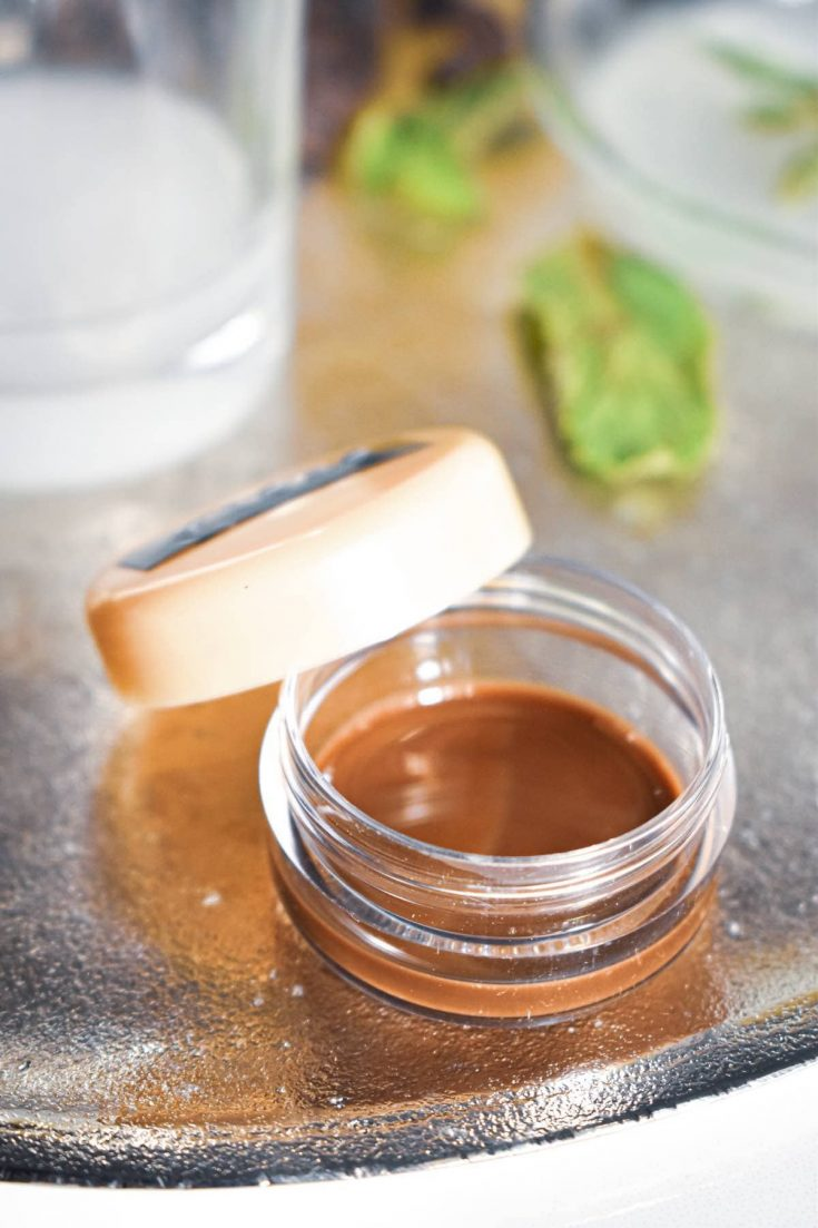 Easy homemade lip gloss recipe with tasty chocolate and peppermint extract! Give your lips the hydration it needs with this DIY sugar lip scrub.
