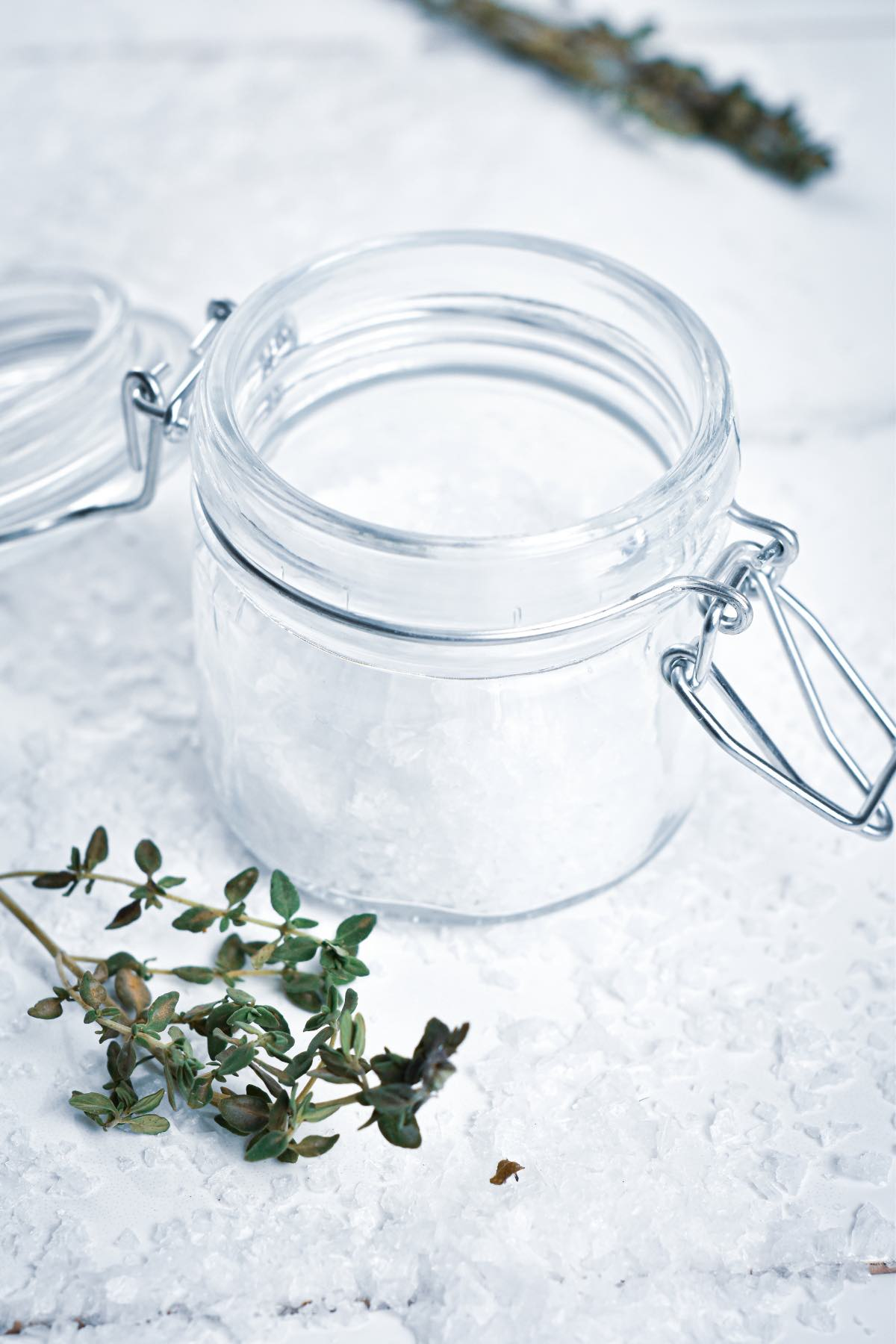 Enjoy a little downtime this season with this DIY homemade lemon thyme salt scrub containing only 4 ingredients (super easy!).
